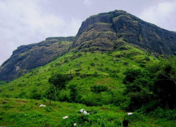 Chavand fort trek