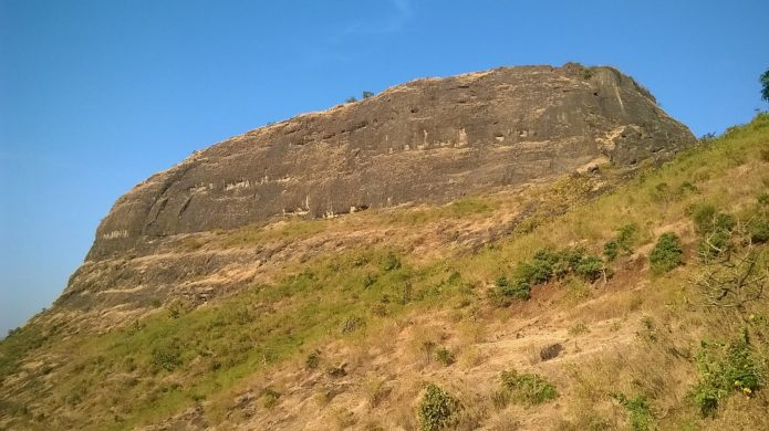 Hadsar Fort Trek